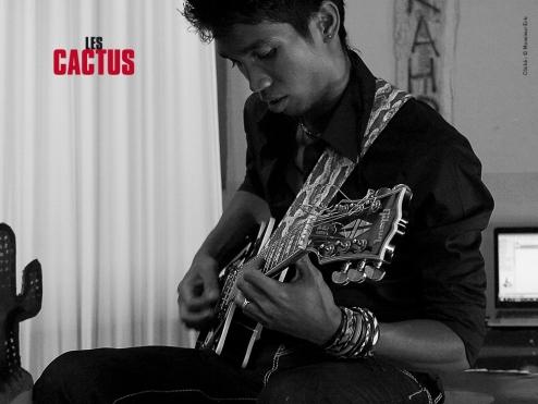 Sangle de guitare %22The Dizzy Brains%22 - Izaho, maroquinerie de Madagascar 9
