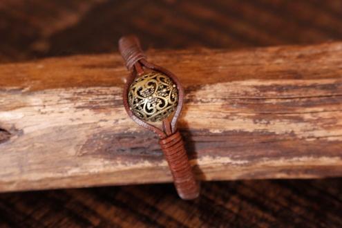 Bracelet en cuir de zébu - Atelier IZAHO - Madagascar 38