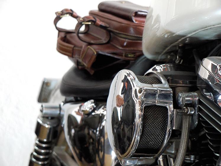 Sac à dos en cuir motard Madagascar IZAHO