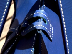 sac-sur-mesure-en-cuir-bleu-de-mme-barreau-izaho-maroquinerie-madagascar-12