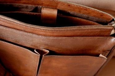 Cartable en cuir de zébu fait main - Atelier IZAHO 2
