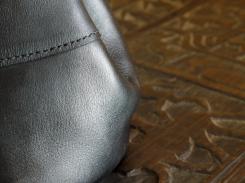 Le p'tit sac à dos en cuir de Vanessa - Izaho Madagasca 9