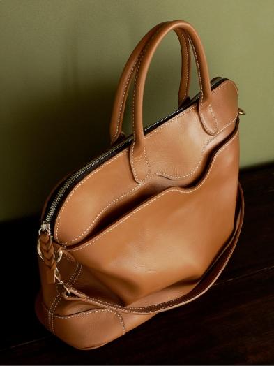 Sac de Mme Vounih, sac ou cabas en cuir, Maroquinerie Izaho Madagascar 4