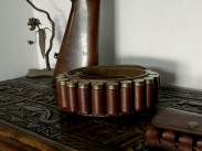 Cartouchière en cuir sur mesure - atelier de maroquinerie IZAHO, Madagascar 3