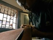 Atelier de maroquinerie Izaho à Antananarivo, madagascar 5