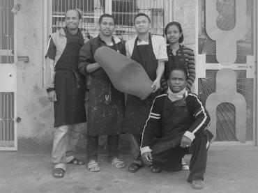 Selle de moto en cuir - Atelier de maroquinerie IZAHO, Madagascar